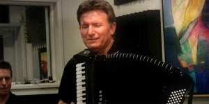 Frank Petrelli in the Accordions Rising documentary film